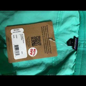 Patagonia Shorts - Patagonia size L green shorts. NWT
